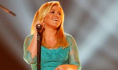 Just over two months after giving birth, Kelly Clarkson is stepping out smiling.