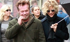 Meg Ryan and her rocker boyfriend, John Mellencamp, have reportedly called it quits after three years of dating.