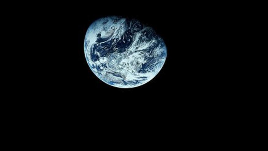 nasa night view of earth - photo #30