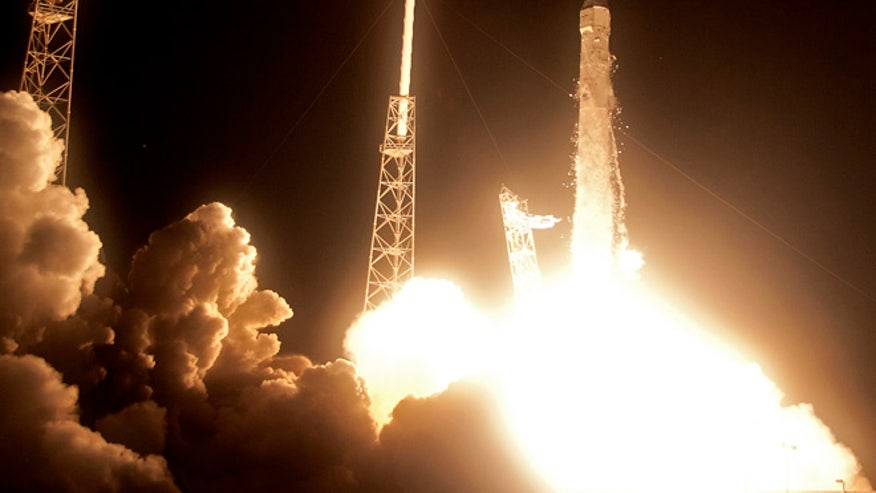 SpaceX historic launch 1.jpg