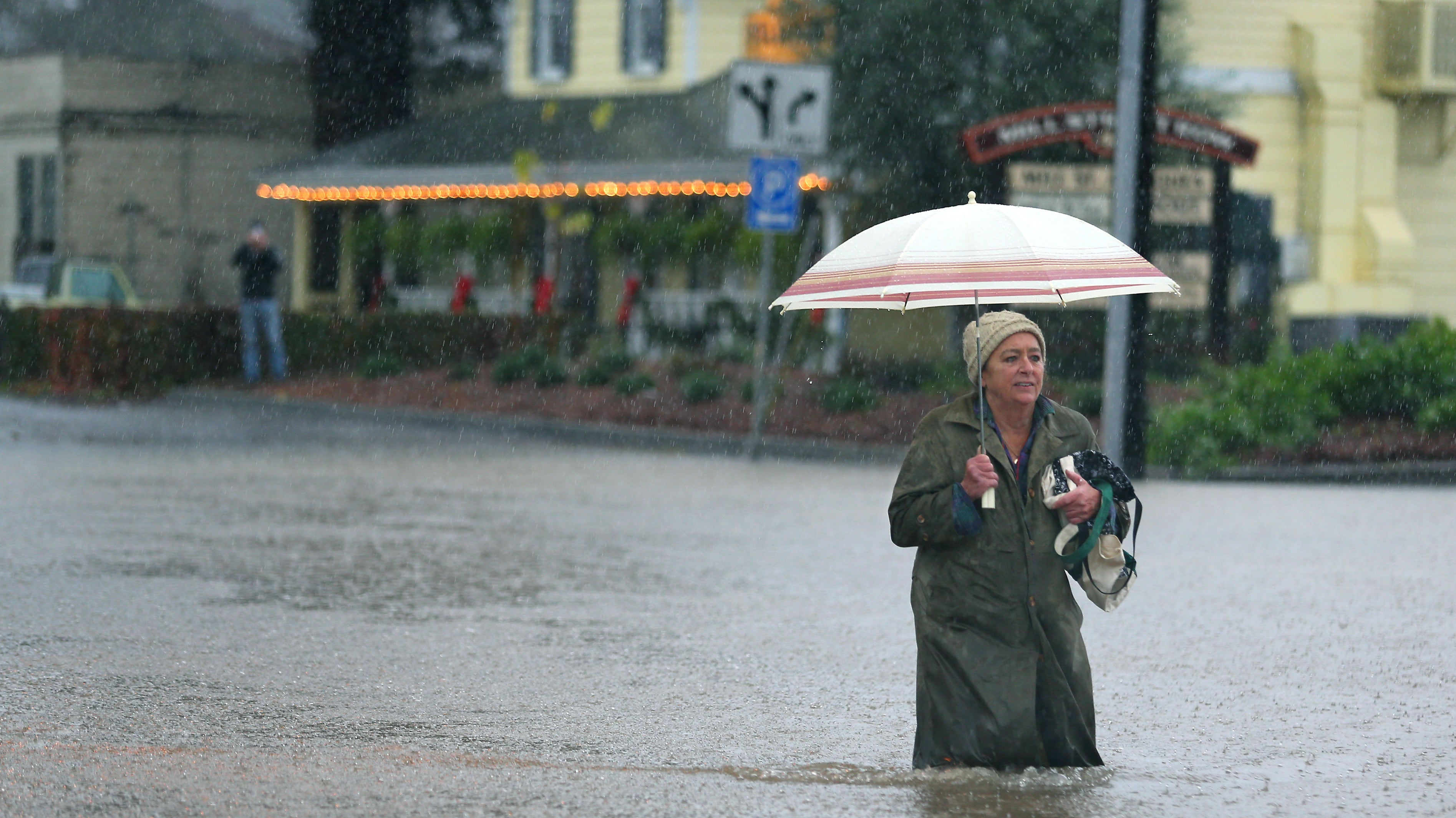 Major Storm Sweeps Through Southern California Triggers