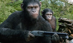 The summer box office continued to lack mojo, as the R-rated Sex Tape failed to turn on moviegoers over a weekend where Dawn of the Planet of the Apes maintained its rule.