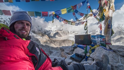 For most gamers, gaming is an indoors hobby, with the exception of maybe a quick game on Angry Birds on the bus. However, one -year-old has taken gaming to completely new heights, setting a new world record after playing a video game on the top of Mount Everest.