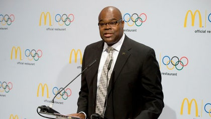 McDonald's CEO Don Thompson is stepping down as the world's biggest hamburger chain fights to hold onto customers and transform its image.