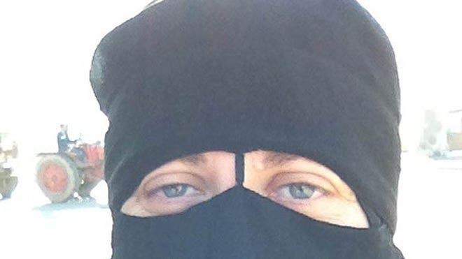 burqalady.JPG