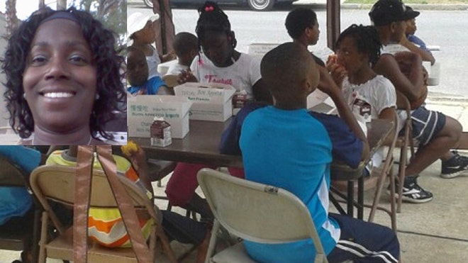 Mom vows to keep feeding needy kids from her driveway despite city crackdown   Feedingchildren