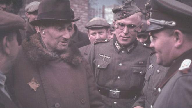 Life inside Nazi-occupied Poland, 1939-1940