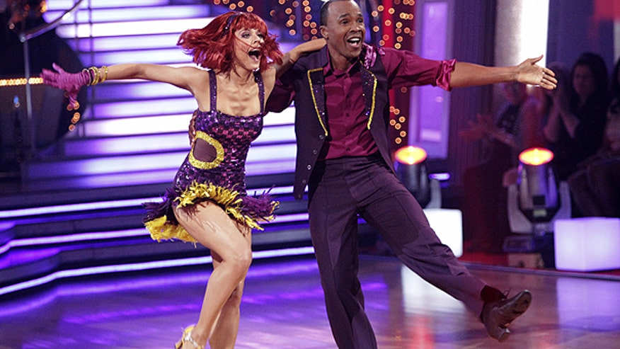 Sugar Ray Leonard Dances With Partner on Dancing With the Stars AP