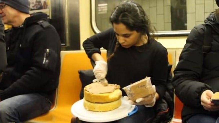 cake_subway.jpg