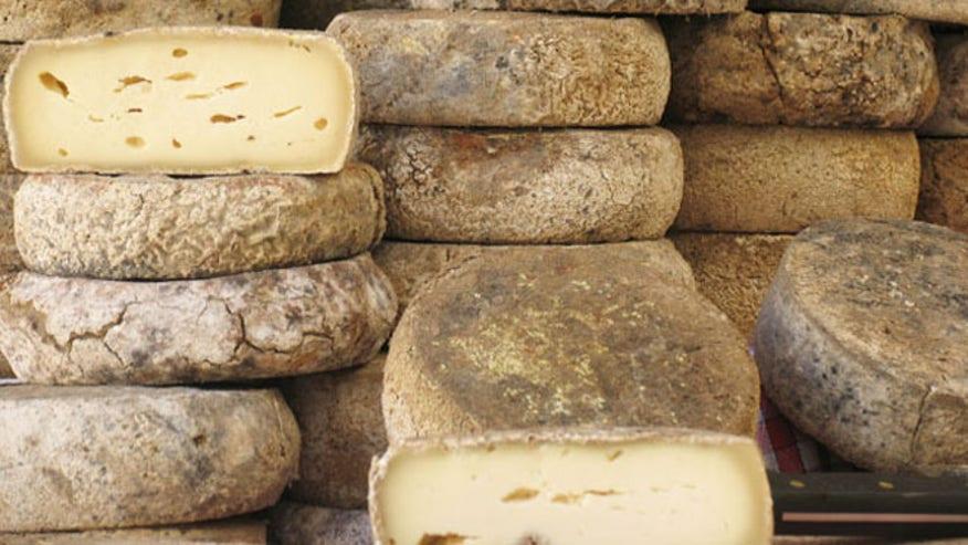 cheeseistock.jpg