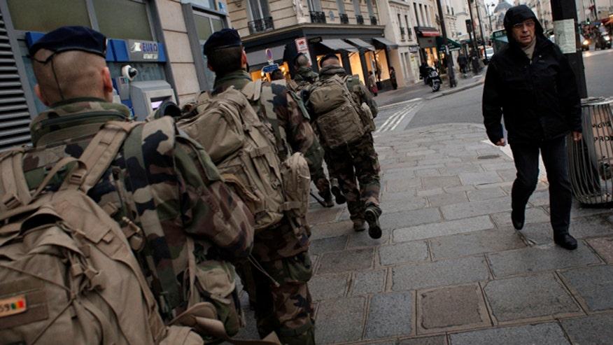 france-military-patrol-011415.jpg
