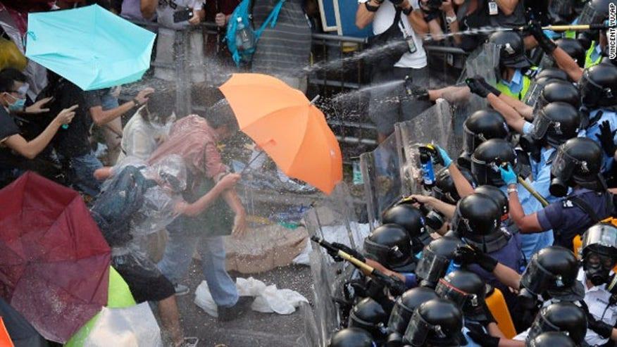 homgkong_umbrellas.jpg