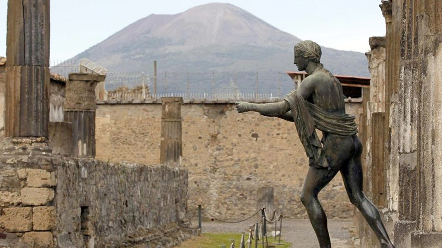 Pompeii thieves claim relics are cursed