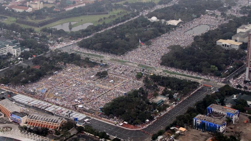 pope-manila-mass.jpg