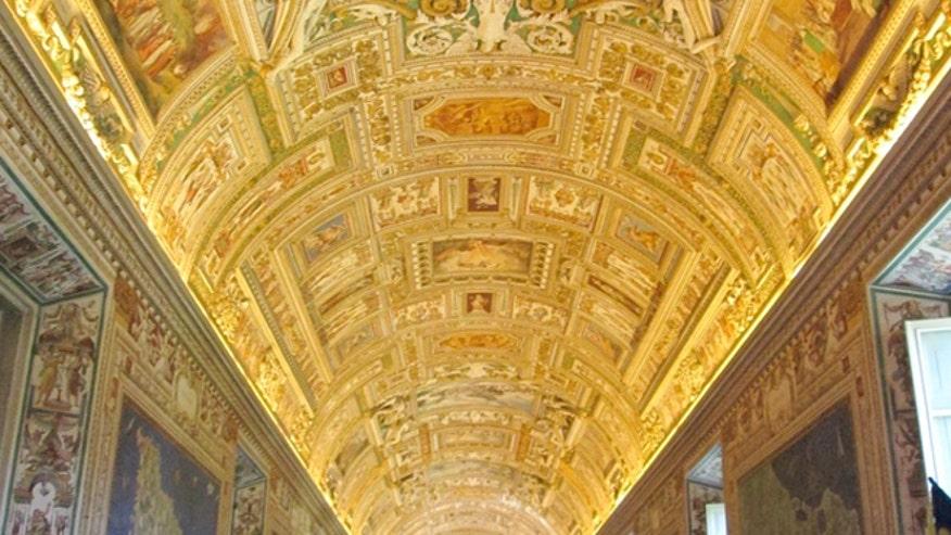 rome_vatican_museum_budgettravel.jpg