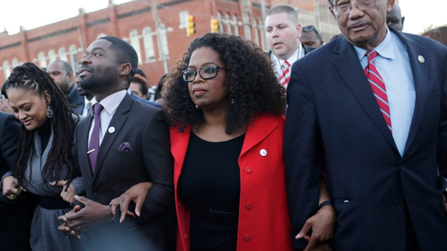 selma-oprah-march.jpg