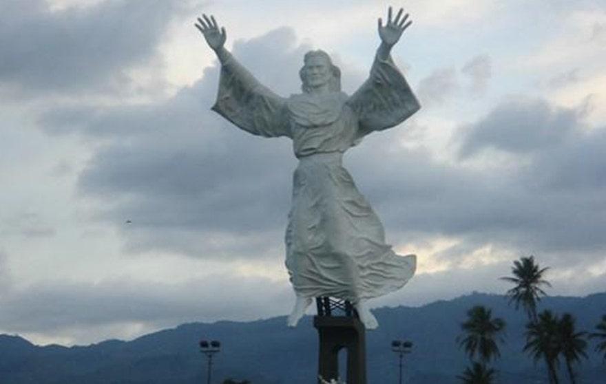 statuepic1.jpg