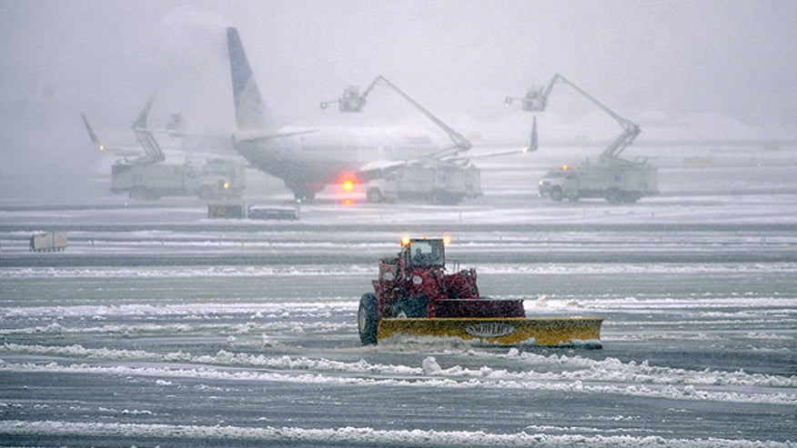 Snow on the tarmac at Newark