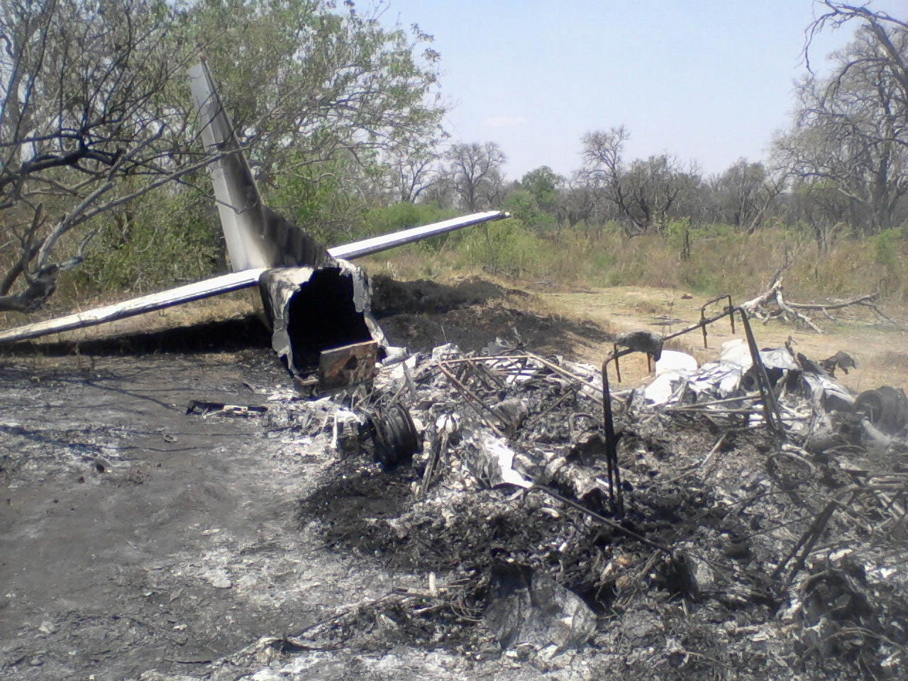 Plane Crash Bodies Photos Botswana plane crash_higg.jpg