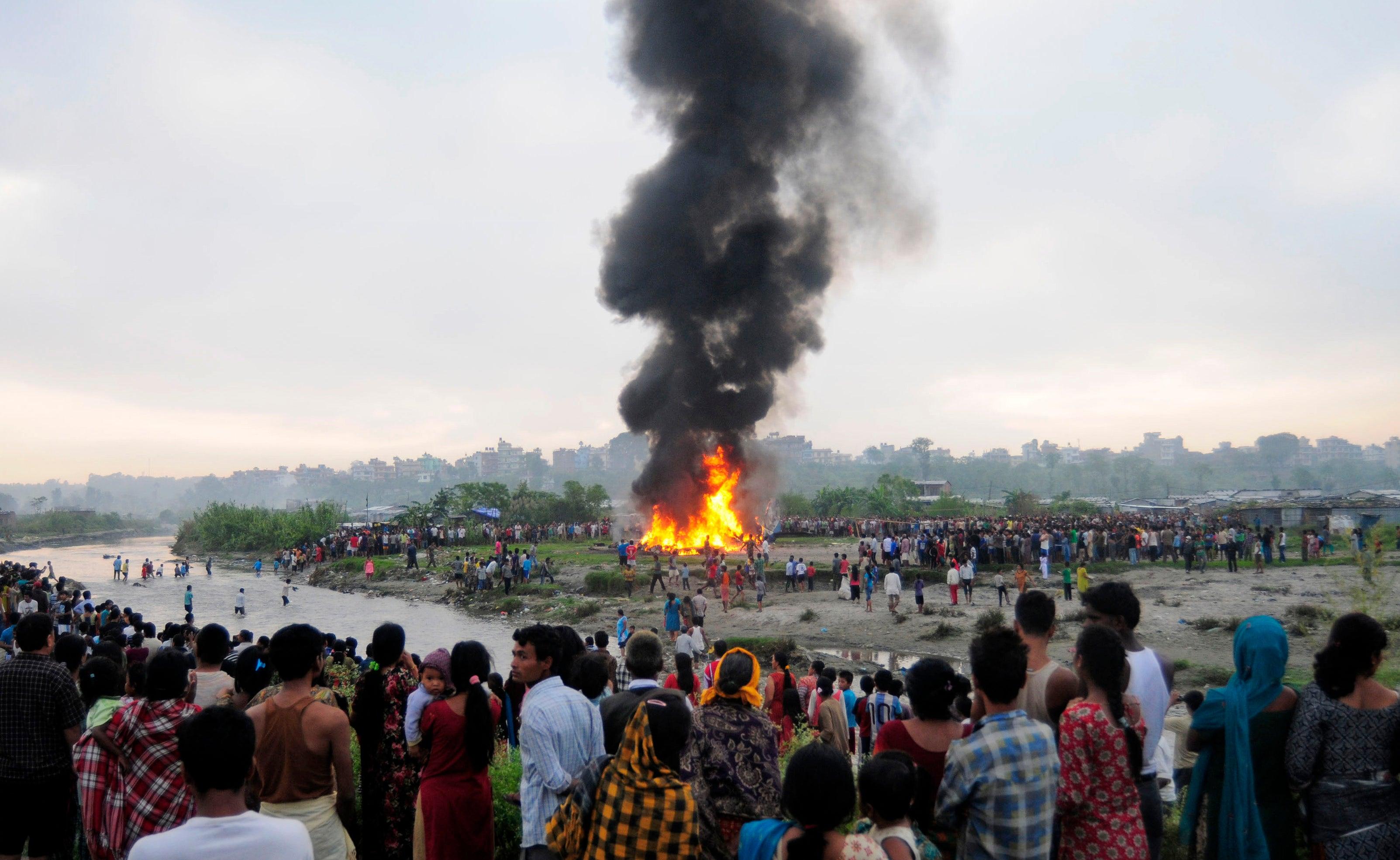 Plane Crashes Near Everest Region Kills 19 Fox News