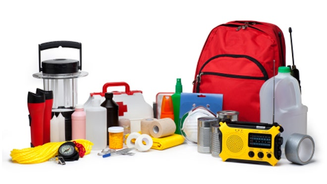 How to put together a disaster kit