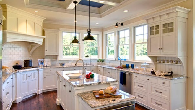 Houzz/Farinelli Construction Embrace A Hot Trend With A Kitchen Warming  Drawer | Fox News