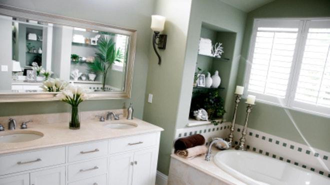iStock_000013991025XSmall_Bathroom.jpg