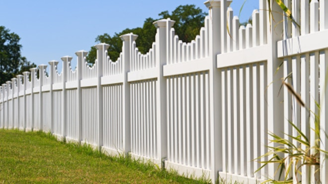 Good neighbors talk before building fences