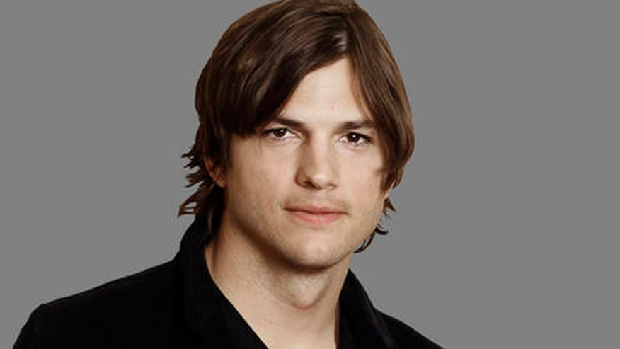Ashton Kutcher Headshot AP.jpg