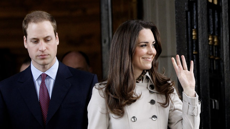 Britain Royal Wedding: Prince William and Kate Middleton leave City Hall
