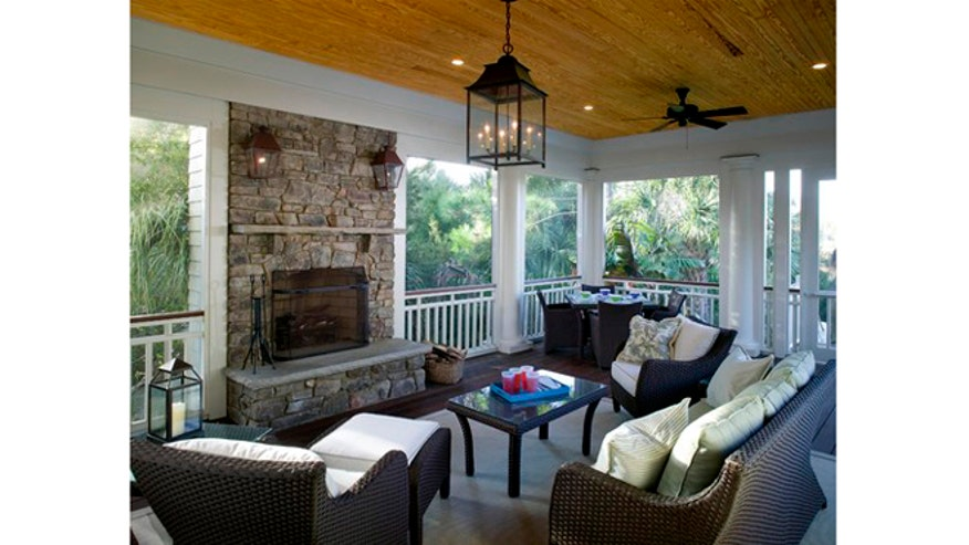 Houzz_ChrisRose_traditional-fireplace660.jpg