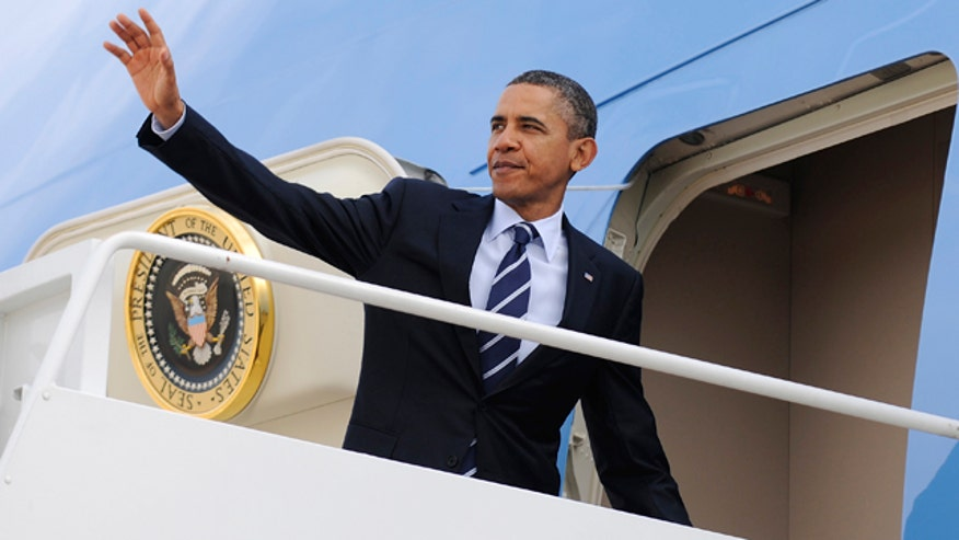Obama Waving Air Force One