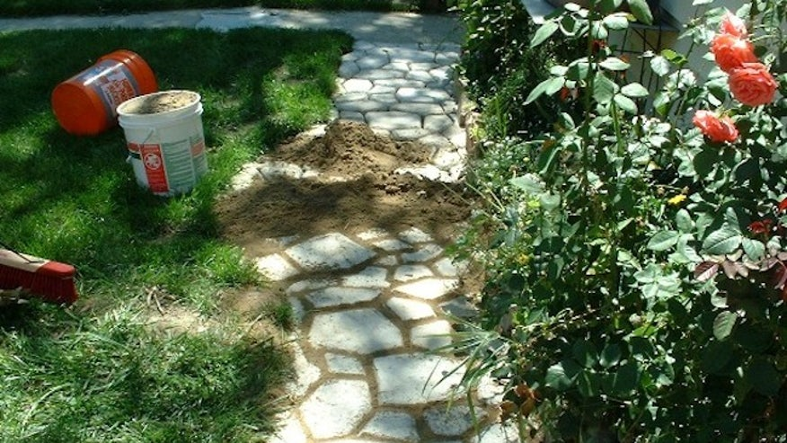 Zillow_AbstractTile.com-Stone-Walkway.jpg