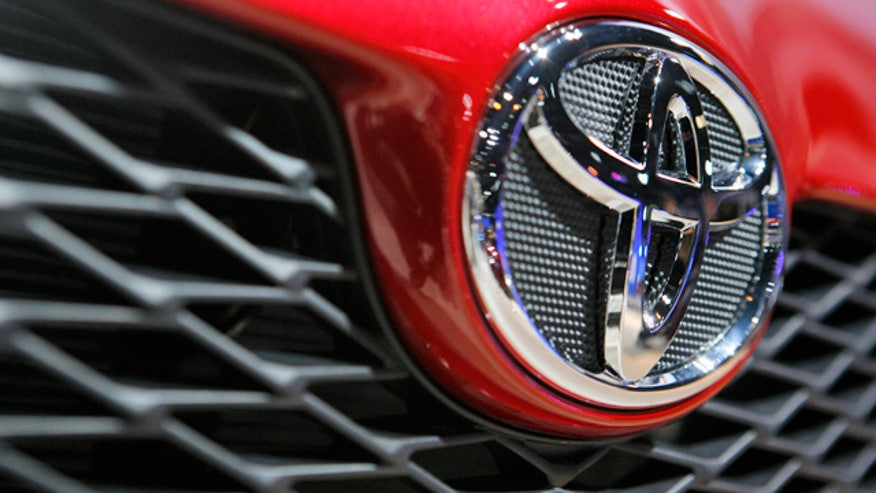 Toyota-Logo-Auto-Decal