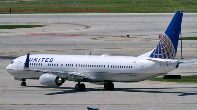 United Airlines Plane With a Continental Airlines Logo on its Tail