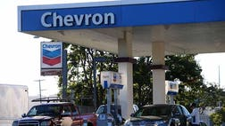Ecuadorean plaintiffs cannot collect a $ billion judgment in the U.S. against energy company Chevron for rainforest damage, a federal appeals court ruled, upholding a judge's finding that the judgment was obtained through bribery, coercion and fraud.