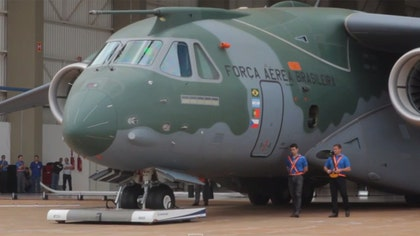 Brazilian aircraft manufacturer Embraer unveiled on Tuesday the prototype of its new KC-, set to become the largest military transport plane produced in South America.