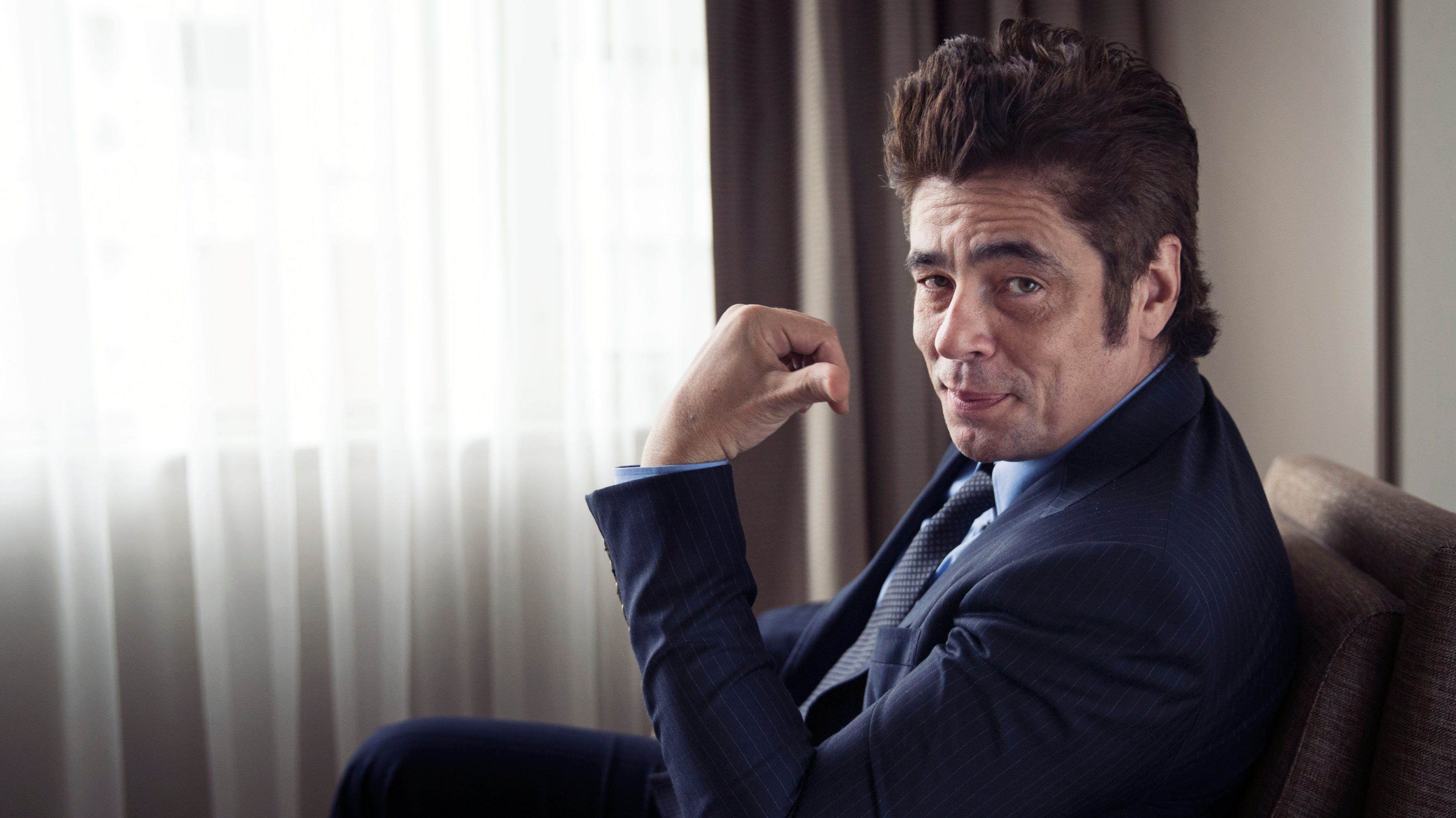 Benicio del toro signs up for another drug war tour of duty in