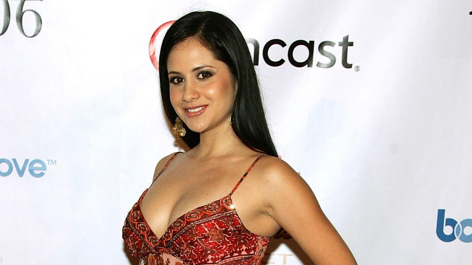 http://a57.foxnews.com/global.fncstatic.com/static/managed/img/fn-latino/entertainment/0/0/Silvana%20Arias.jpg