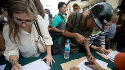 The way that the Venezuela National Electoral Council treated the original signatures suggest that trouble is brewing.