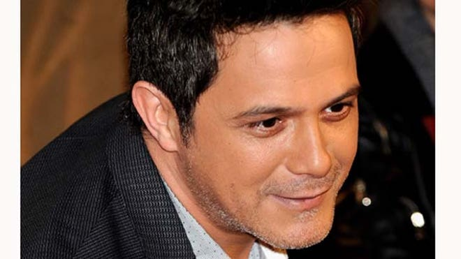 Alejandro Sanz Third Child.JPG