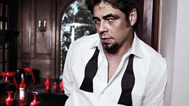 Benicio Tieless and Sexy