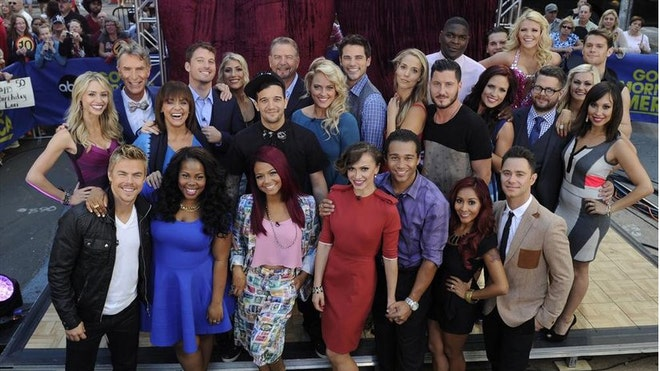 Dancing With The Stars Cast Season 17.jpg