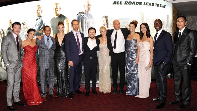 fast and furious stars pay tribute to paul walker complex. Black Bedroom Furniture Sets. Home Design Ideas