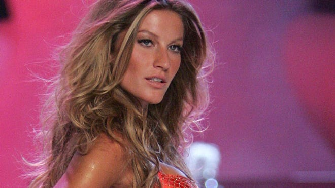 Gisele Bundchen runway red bt.JPG