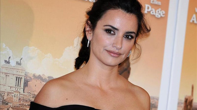PENELOPE CRUZ COUNSELOR.jpg
