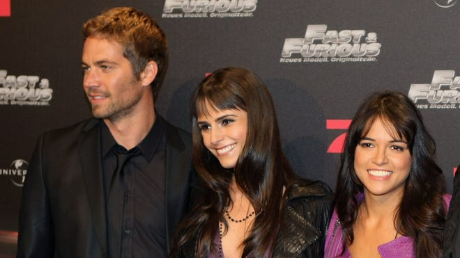 Paul Walker and latinas.JPG