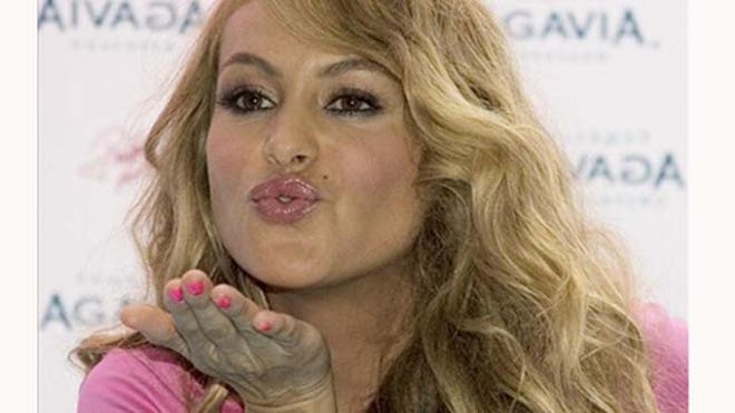 Paulina Rubio New Album.JPG