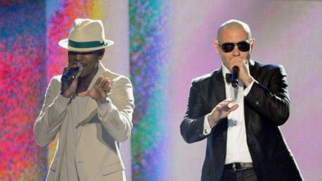 Pitbull and Ne-Yo.JPG