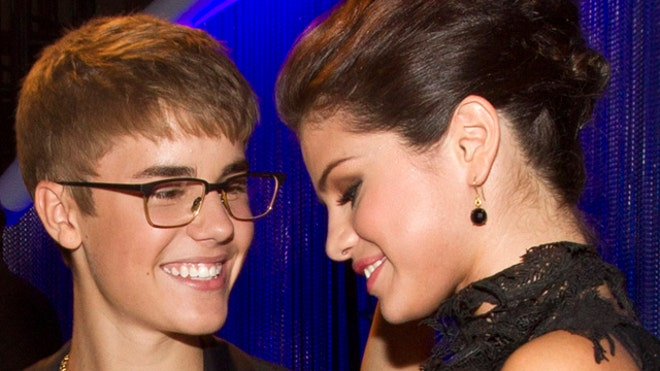 Selena Gomez and Justin Bieber Romantic.JPG